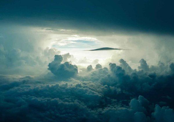 עמוד ענן מסוכך על עם ישראל
